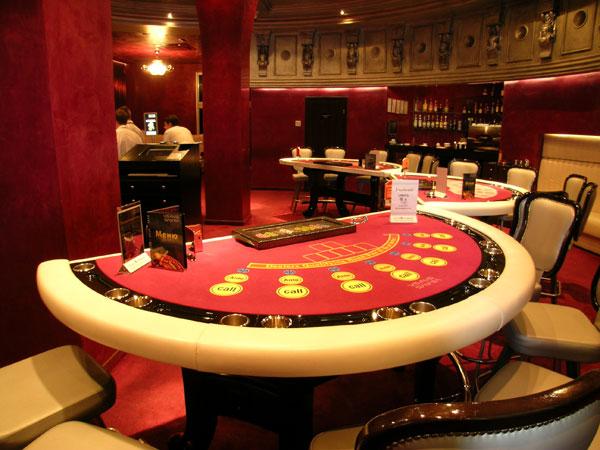 мебель в казино