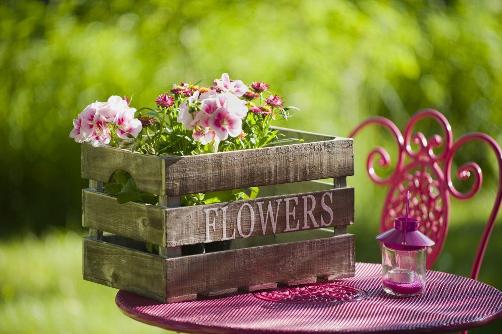 Модный сад: обновление металлической садовой мебели