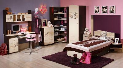 Мебель в комнате школьника. Фото