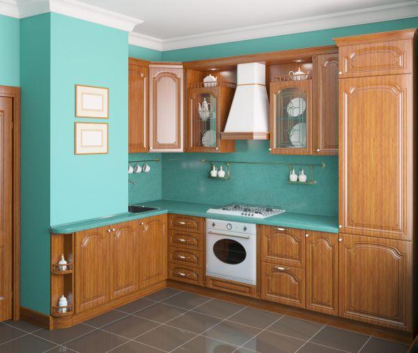 Классическая деревянная мебель на кухне